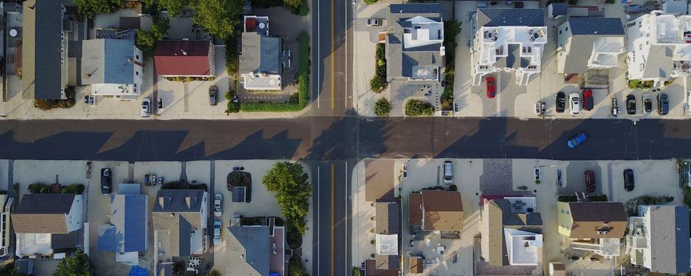 L'administrateur de biens a pour mission principale de gérer les biens immobiliers locatifs de propriétaires et d'être leur intermédiaire.