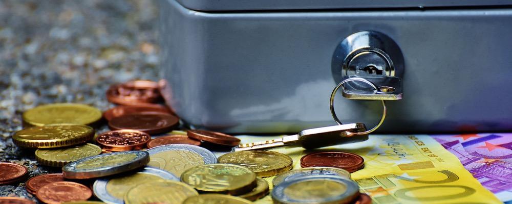 Le directeur de la trésorerie gère la politique de gestion de trésorerie et de financement d'une entreprise ou d'une structure.